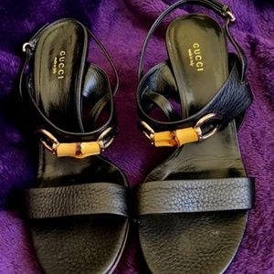 Gucci black leather heeled sandal